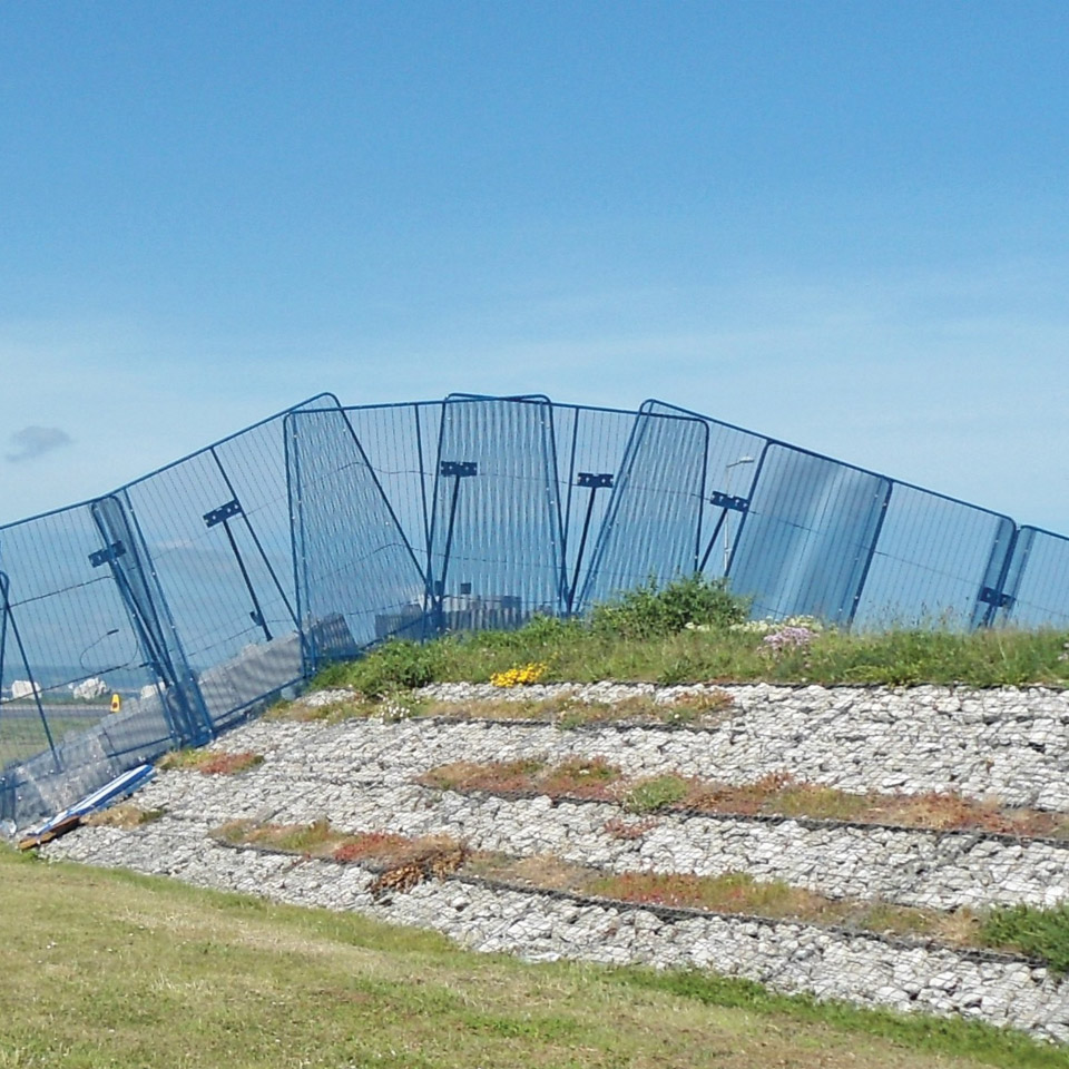 Polmil temporary security fencing experts