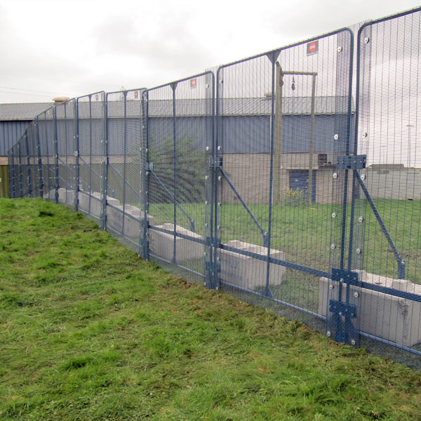 Hostile Vehicle Mitigation Fencing Hvm Pas68 Fence Polmil