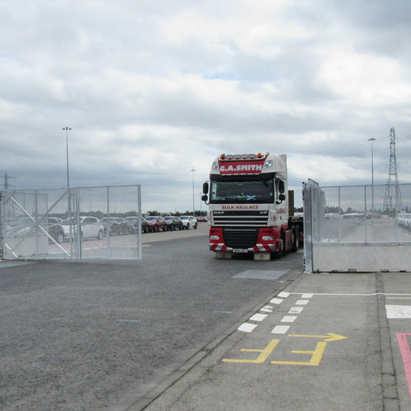 POLMIL® On-Ground Bi-Fold Vehicle Gates